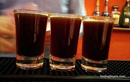 Beijing hutong pub crawl with Cafe de la Poste, Lark, Flow, Bungalow, Ron Mexico, Chill, 8 Bit, Dada and Temple. (2)