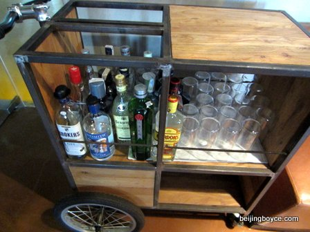 gin-tonic-cart-with-brokers-sipsmith-london-no-1-and-more-migas-spanish-bar-and-restaurant-nali-patio-beijing-china