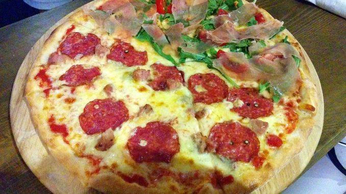 Ramo Pizza Fangjia Hutong Beijing