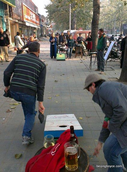 first-charity-corntoss-cornhole-bean-bag-tournament-beijing-china-at-irish-volunteer-hockey-bar-91